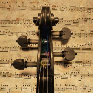 古いバイオリンイメージ