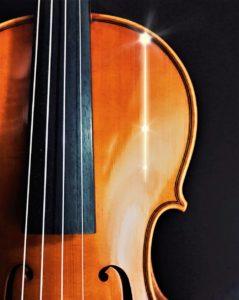 バイオリン割れイメージ